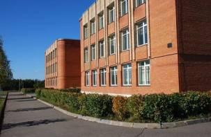Школе в смоленском райцентре присвоили имя Георгия Жукова