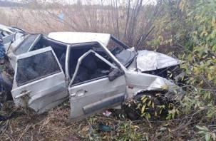 В Духовщинском районе в ДТП с Вазом и Хендэ пострадали два человека