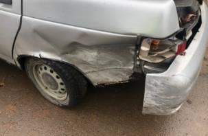 В Рославле в ДТП с ВАЗами пострадал человек