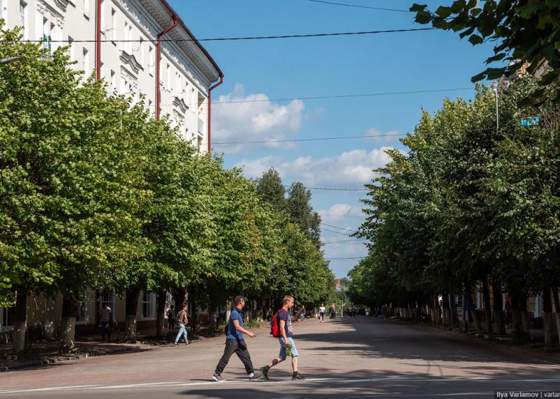 Власти Смоленска заявили о высокой аварийности на пешеходной части улицы Ленина