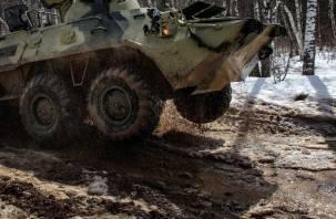 Участник патриотической вечеринки под Петербургом погиб под БТР