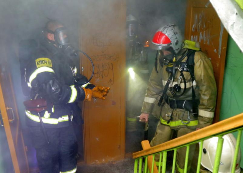 В Смоленске вечером 3 февраля горели квартира и дом