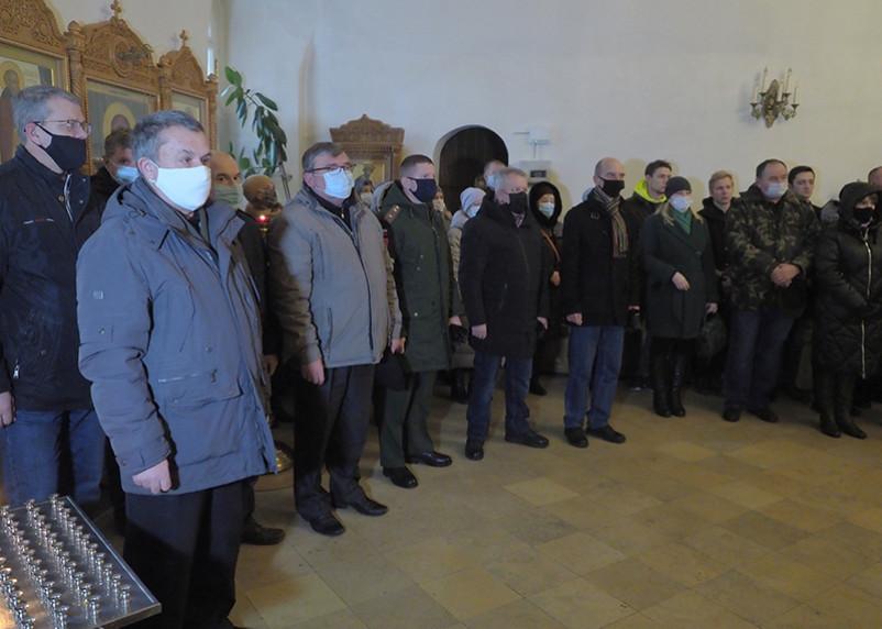 В Смоленске простились с погибшим в Армении летчиком российского вертолета