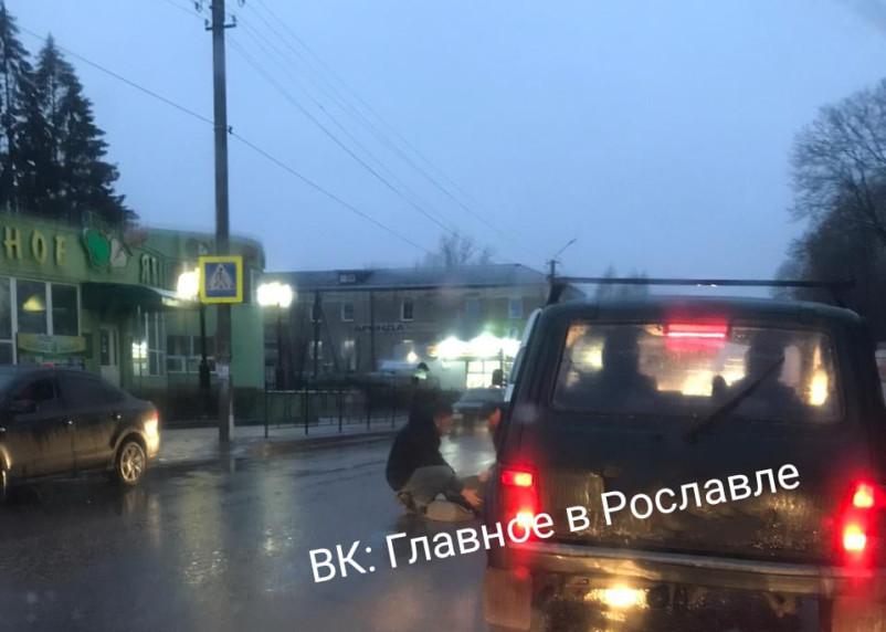В Рославле на пешеходном переходе сбили женщину