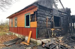 В Смоленском районе в доме сгорела женщина