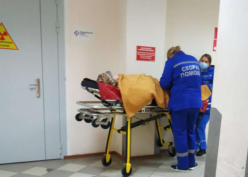 Число госпитализированных с коронавирусом смолян выросло