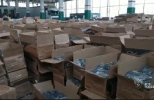 Смоленские таможенники задержали масштабный груз с китайской обувью