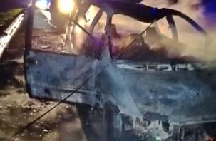 В Смоленской области сгорели 99 машин