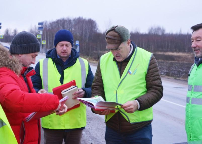В Смоленской области прошла приемка участков региональных дорог, отремонтированных в рамках нацпроекта