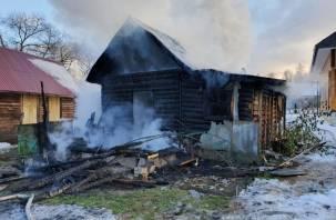Пожар в Рославльском районе. Спасен мужчина, бросившийся в огонь