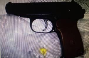 В порыве гнева смолянин чуть не застрелил своего работника