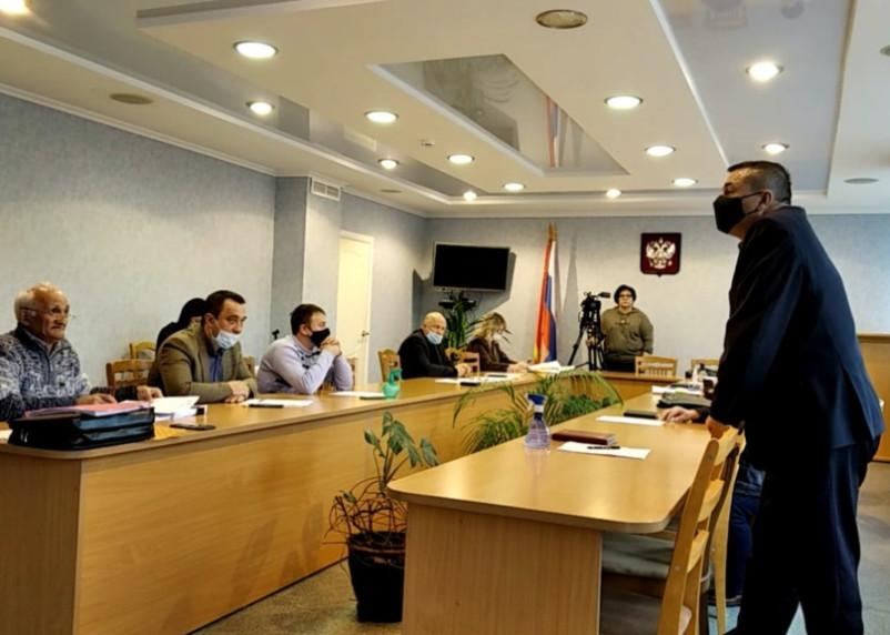 Депутатам в Смоленской области вновь не понравилась видеосъемка заседания