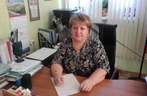 Глава сельского поселения в Смоленской области превратила местную администрацию в семейный бизнес