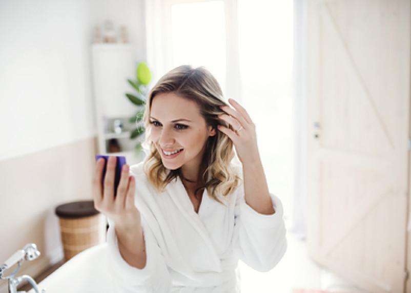 Женщины массово отказываются от косметики