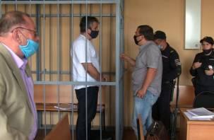 Сотрудники смоленского СИЗО помогли подсудимому Огаркову организовать бизнес в тюремной камере