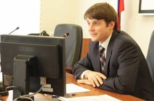 В Смоленске идут обыски в областном департаменте службы занятости