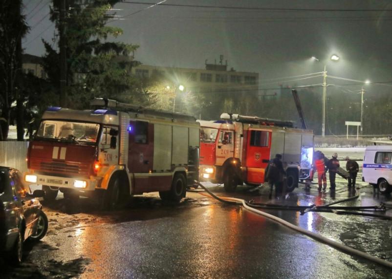 В Смоленске спасатели приезжали в пятиэтажку дважды за один день