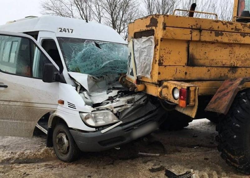 Пять человек пострадали в ДТП на пути из Волгограда в Смоленскую область