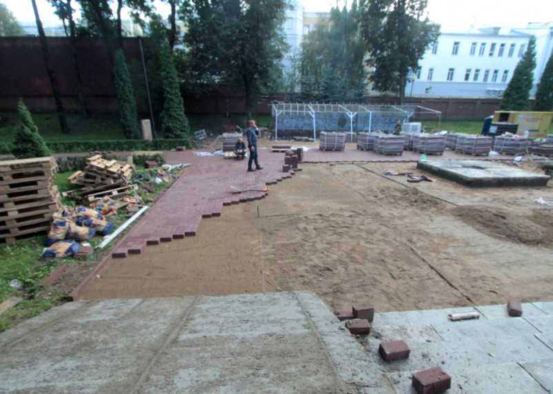 Разноцветная брусчатка наше всё. В Смоленске рассказали о дворах и скверах, которые отремонтируют в 2021-2022 годах