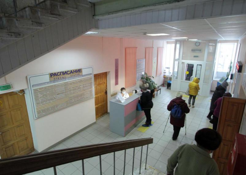 Коронавирус выявили в 18 районах Смоленской области на 19 марта