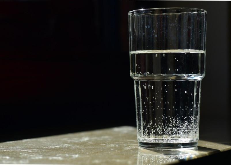 Стало известно, когда может начаться маркировка воды в России