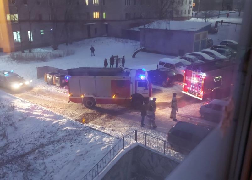 В Смоленске пожар на улице Шевченко вызвал переполох у горожан