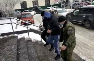 В Смоленске задержали москвича за взятку таможеннику