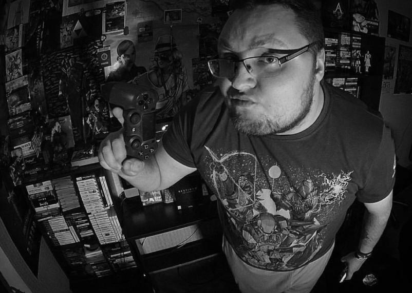 «Будто рояль на себе таскаю». Умерший после заражения COVID-19 блогер Денис Бейсовский описывал болезнь