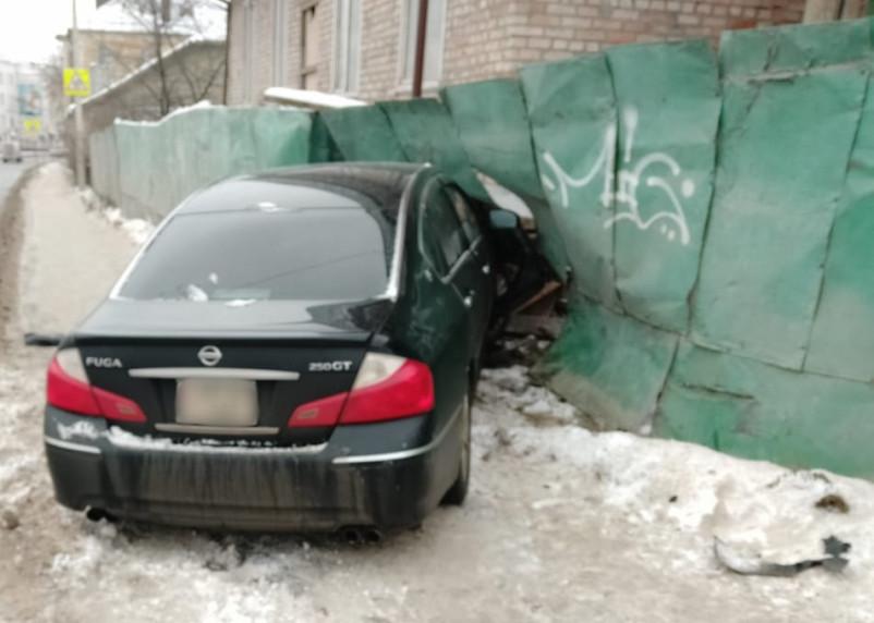 Появились новые фото и видео ДТП на Соболева в Смоленске