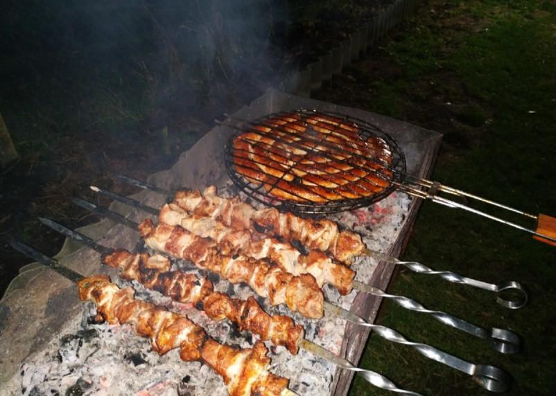 Смолянам пригрозили штрафами за шашлыки на майских праздниках