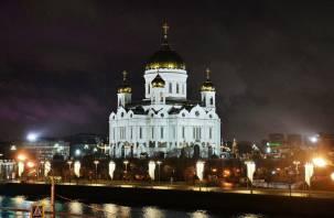 «Посторонним В». Рождественская служба в Москве будет по пригласительным