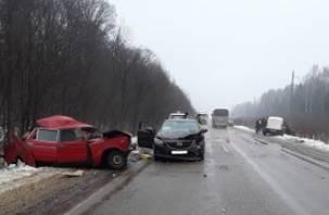 Водитель ВАЗа снес две иномарки и погиб. Подробности трагического ДТП в Смоленском районе