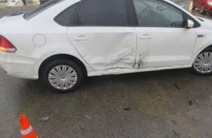 В Смоленске в ДТП на Багратиона пострадали два человека