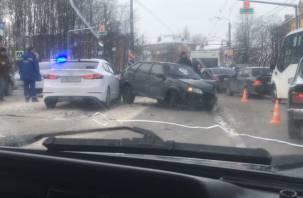 Авария на улице Кирова парализовала движение транспорта