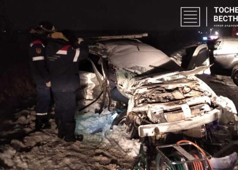 Смолянин погиб в Ленобласти из-за выезда на встречку. Видео с места трагедии