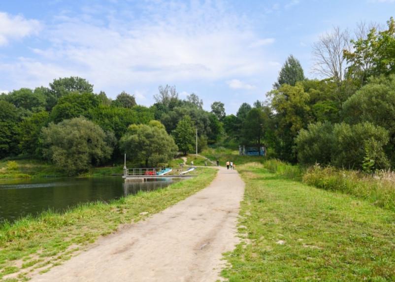 Жителям Смоленска предложили подумать о благоустройстве общественной территории
