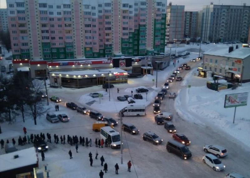 В Смоленске жители Королевки жалуются на транспортный коллапс