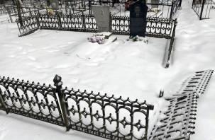 В Ярцеве поймали серийного вора могильных оград