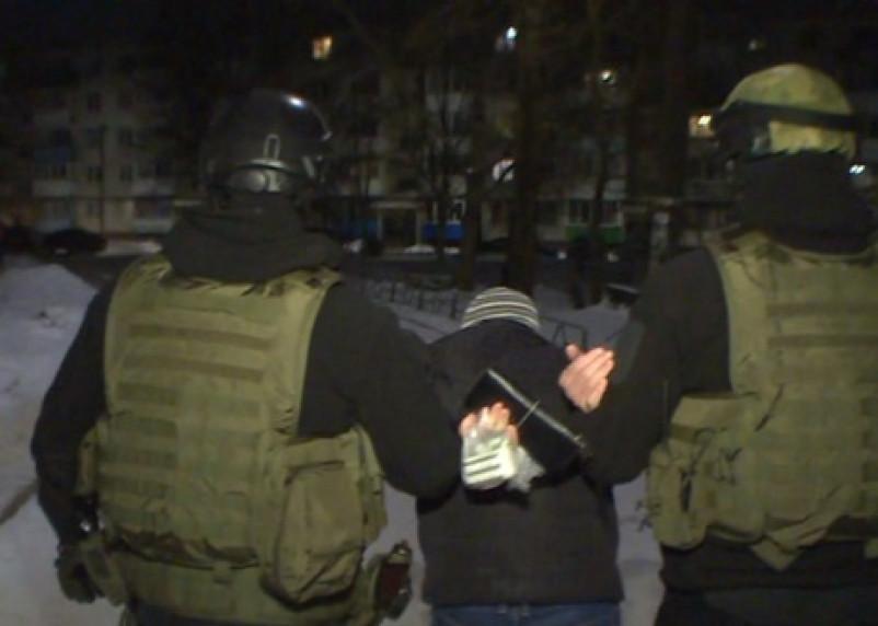 В Смоленской области задержали двух рэкетиров