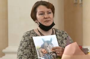 Смоленская школьница погибла при спасении подростка. Ее наградили посмертно
