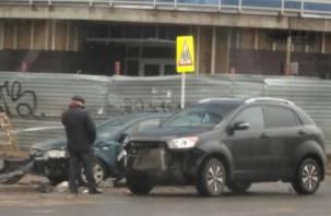 Возле «башни Шитова» произошла серьезная авария