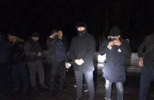 Погоня на границе Смоленской области завершилась проколотыми колесами
