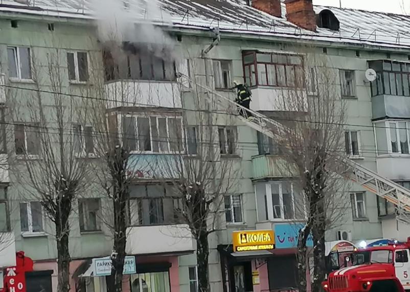 40-летний мужчина погиб в пожаре на улице Николаева в Смоленске