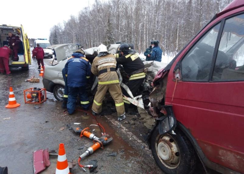 В ДТП с микроавтобусом ФСИН погибли три человека