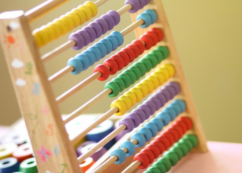 Смоленским семьям в этом году изменят размер выплаты на детей 3-7 лет