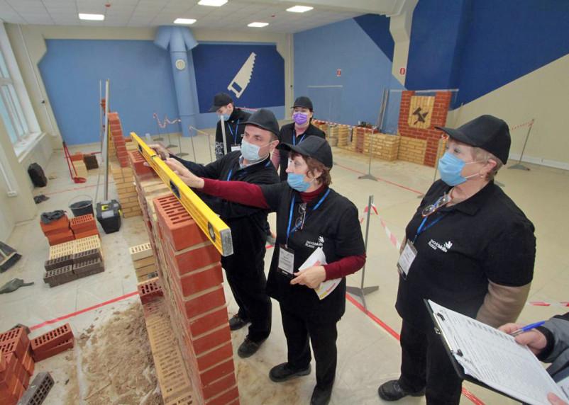 Молодые профессионалы в Смоленске: строим вместе, строим веселее