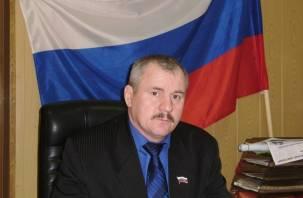 «Главу оскорбить легко». Руководитель сельского поселения Смоленской области пригрозил судом районной газете