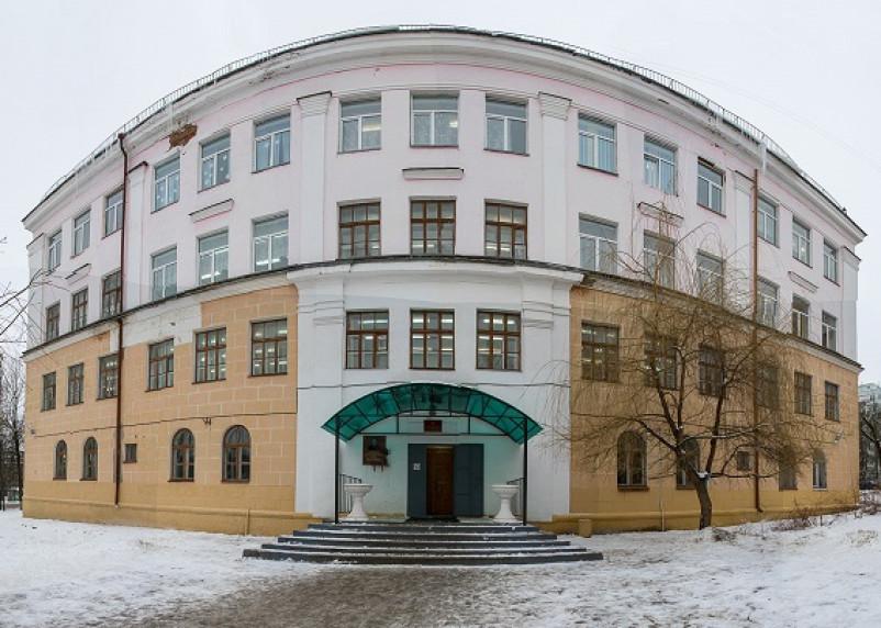 Третьеклассница «отомстила» учителю физкультуры школы №30 Смоленска