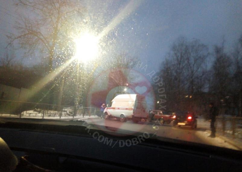 В ГИБДД уточнили данные о ДТП на Лавочкина в Смоленске