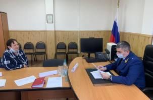 Прокурор области провел прием жителей Смоленского района